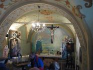 Interno della chiesetta
