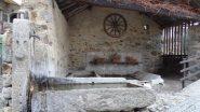 fontana con lavatoio a Nomaglio