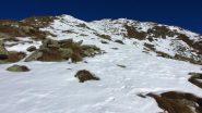 la parte alta del costolone SE con la cima in vista (26-1-2013)