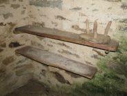 Alpe Vichire: stagera delle tome con mensole in pietra