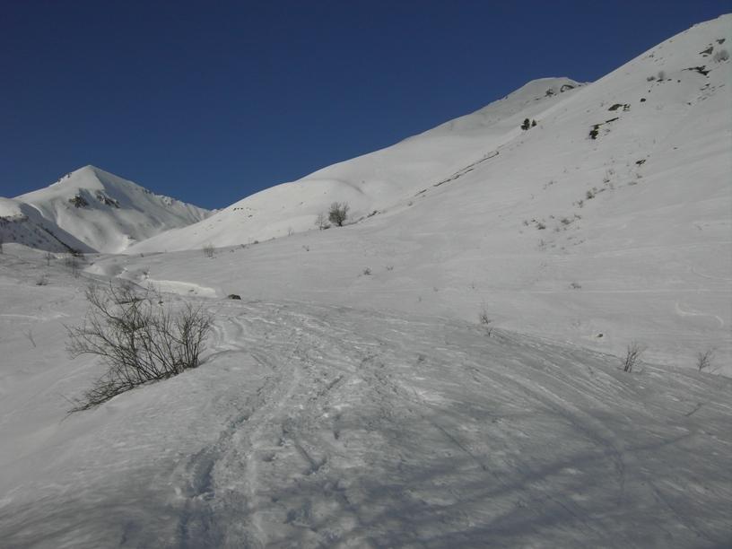 Poco a valle di P.Medoro:a sx Ciamusse',a dx Creusa orientale.