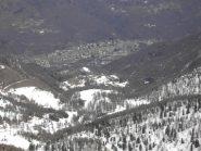 Verso Sampeyre,poca neve in basso.