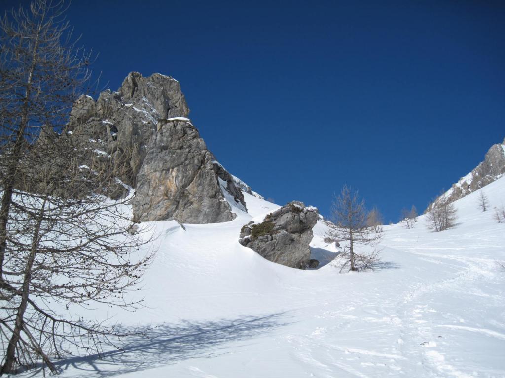 imbocco del Vallonetto (a destra del masso e del monte Soubeyran)