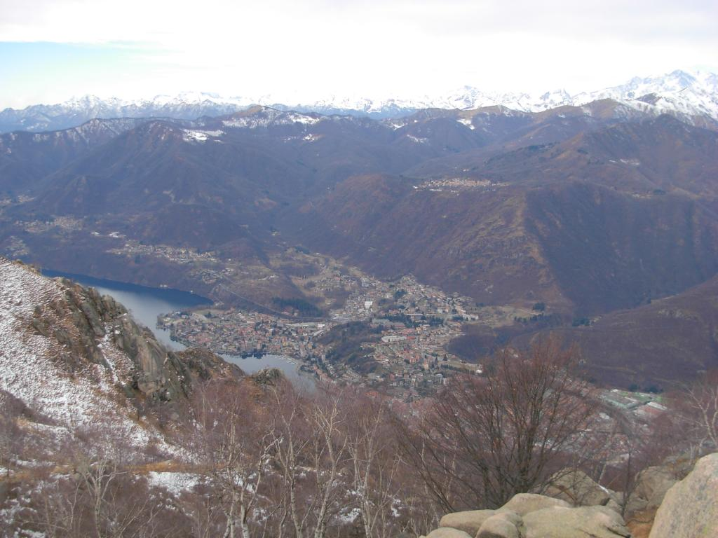 Mottarone da Omegna per l' Alpe Bertogna 2013-02-08