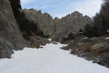 parte bassa del canale sotto il salto roccioso