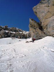 Monica tra neve e rocce