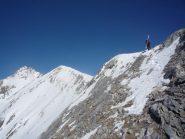 ora su cresta raggiungiamo la cima