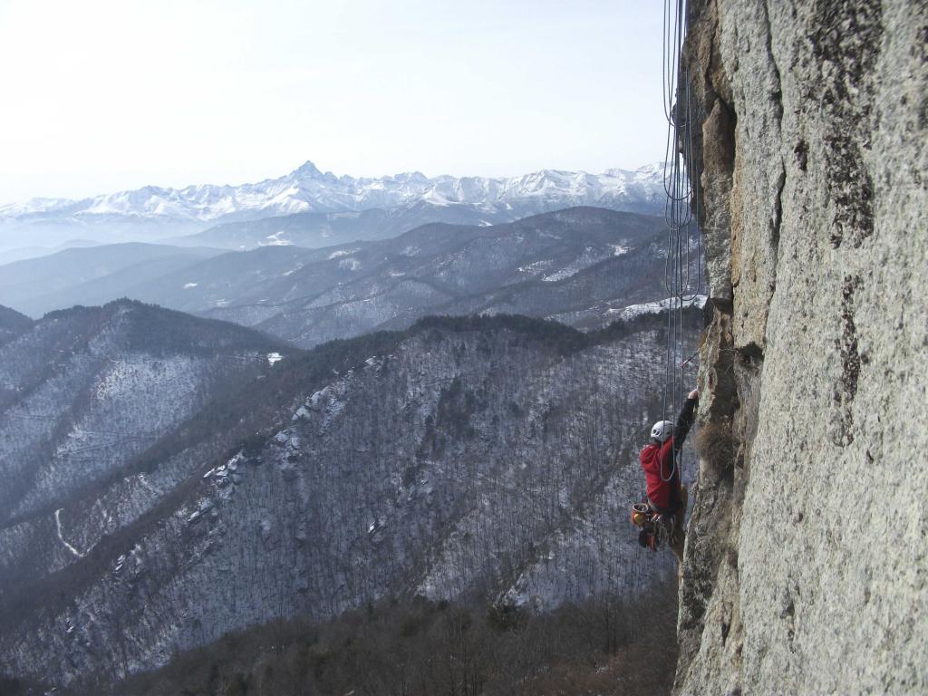 Sbarua (Rocca) Tetto a emme 2013-02-13