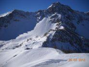 la dorsale con il Monte Freid 2750m.