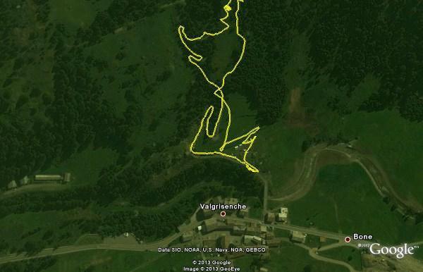 """Il tracciato iniziale del percorso. Dal sito Gulliver ho visto che molti scialpinisti si """"perdono"""" vagando nella boschina iniziale. Descrivo il mio percorso che mi sembra soddisfacente (più corto rispetto alla partenza dagli impianti di risalita): si"""