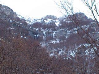 Gioiello di Alpisella visibile dalla strada verso il Velo di Ormea (quella più a sinistra)