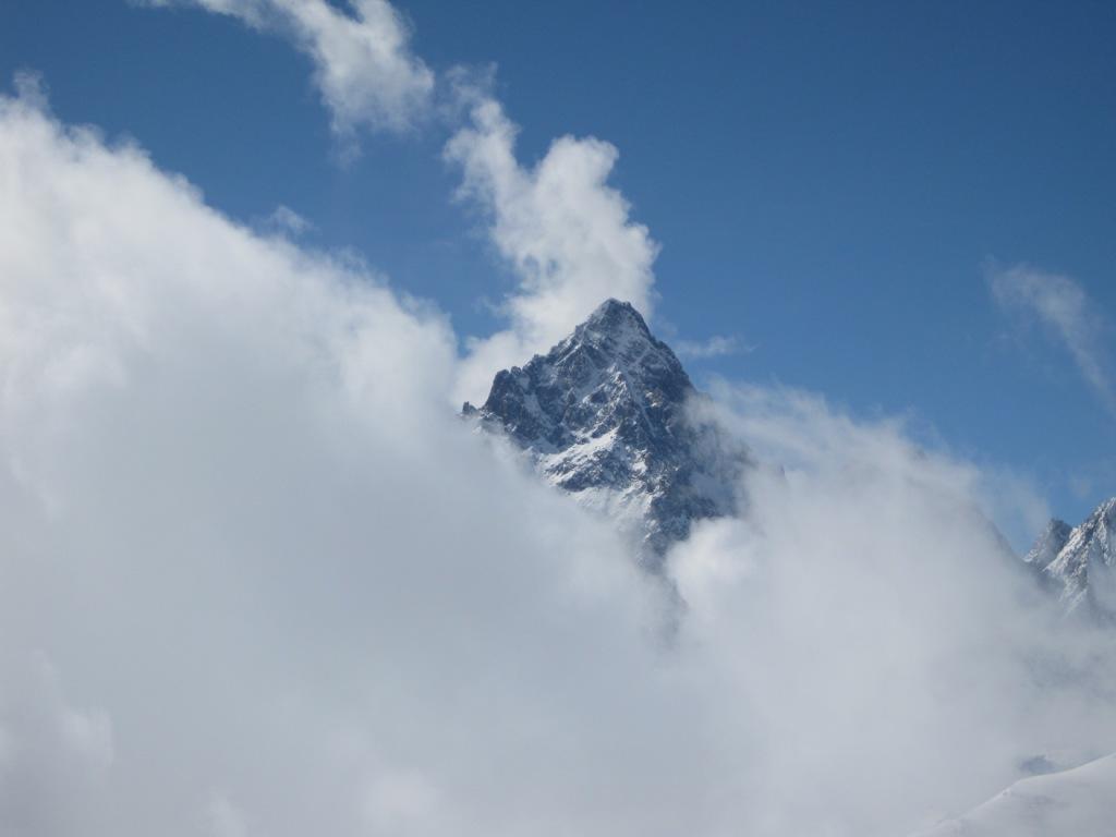 Arriva un nuvolone ma il Viso rimane sopra