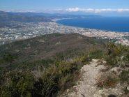 In discesa su Albenga dal crinale del Monte Bignone
