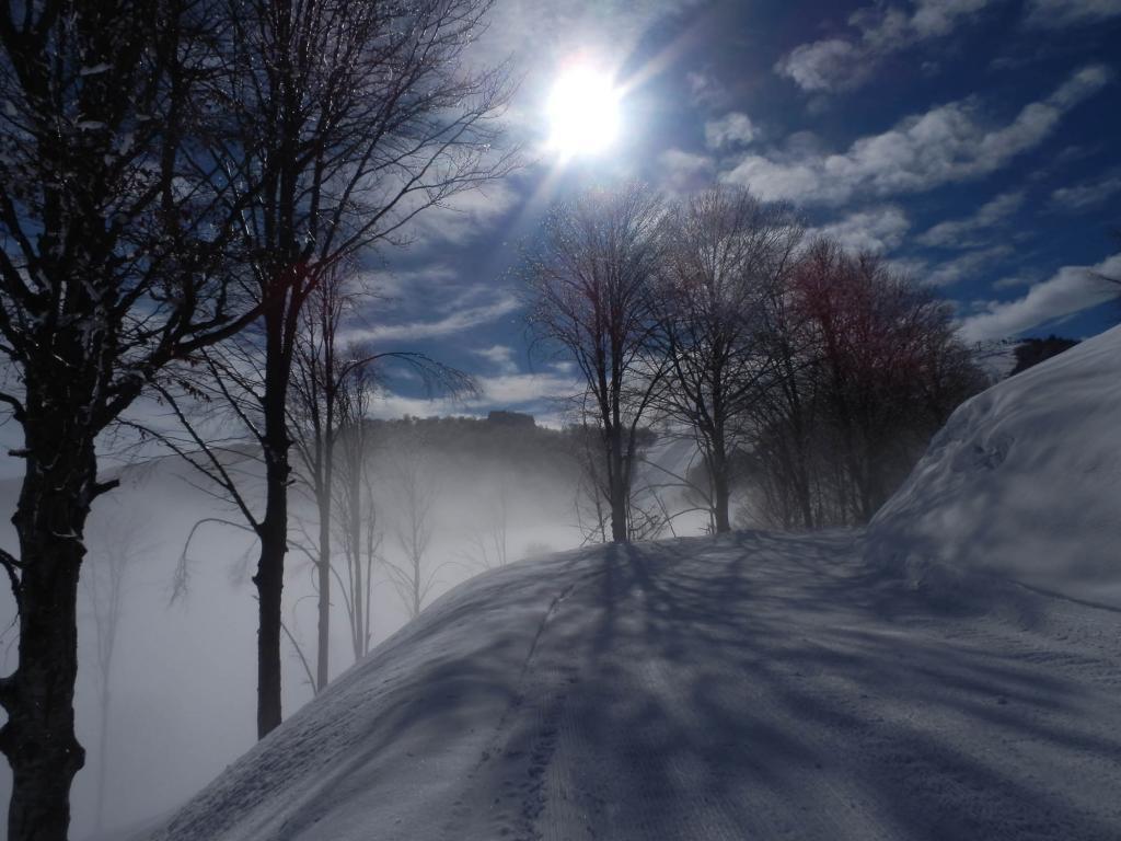 lungo il pistone, appena fuori dalle nebbie!