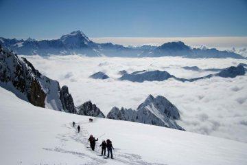 Gruppo Pianezza sopra le nuvole con Gran Combin e Velan