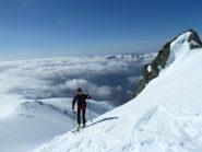 Ultimi metri con gli sci prima della cresta