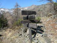 primo bivio per la lunella lungo il sentiero Frassati