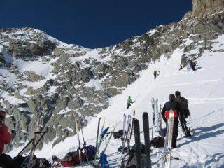 uno sguardo all'arrampicata per giungere in cresta e in vetta
