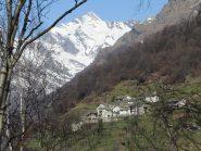 Zoom sulla borgata Cappia e Monte Marzo
