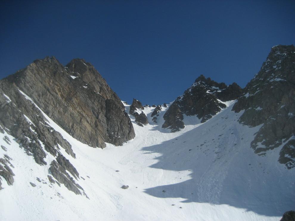 Marchhorn a sx, Pizzo Fiorina nord al centro e Pizzo Fiorina sud a dx, dal lato della val Formazza