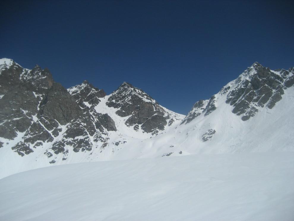 da dx a sx: Corni di Boden, Bocchetta di val Maggia, Pizzo Fiorina sud e nord, Marchhorn