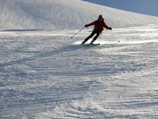 Alberto non scherza con i suoi nuovi sci