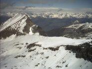 Il traverso verso il Col d' Eyele visto dalla cima del Mont Delà