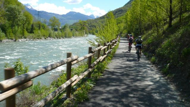 Lungo la Dora Baltea Pista Ciclabile Aosta - Verres 2013-05-05