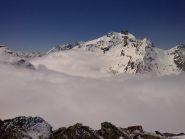 Fra sole e nuvole, bella vista sui Denti d'Ambin dalla punta..!!
