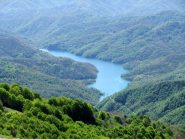 Il Lago del Brugneto dalla cima