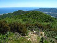 Panorama dal forte verso l'Isola Gallinara e il golfo ligure