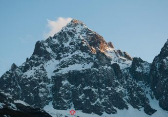 Il versante nord-est del Monviso in una foto del 12/05/2013