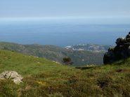 Vista dal sentiero presso Rocca Crocetta verso Arenzano