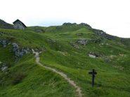 Rifugio Casa della Miniera visto dalla Cappelletta degli Alpini