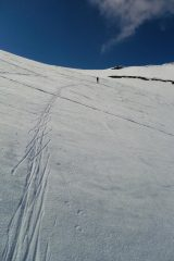 Neve parte alta molto dura