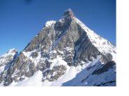 Il Matterhorn dai plateau sotto il Furggen..