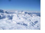 Uno sguardo verso le cime Bianche dalla vetta..