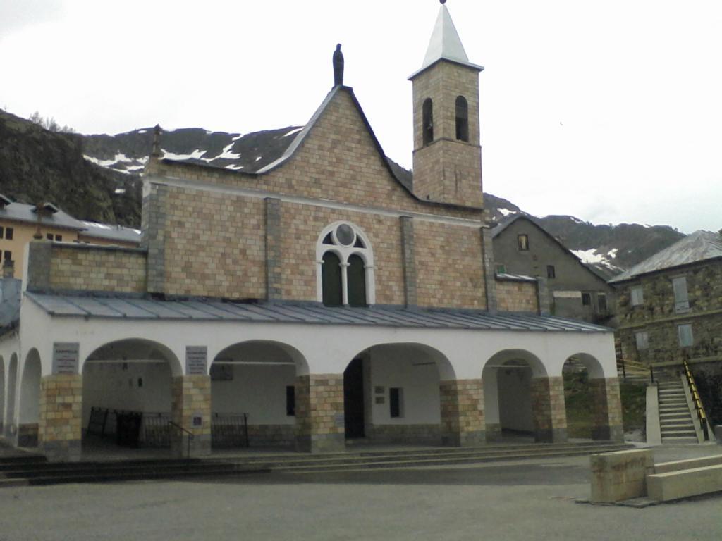 Sant'Anna di Vinadio (Santuario) da Borgo San Dalmazzo 2013-06-08