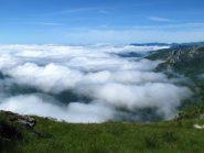 Le nuvole in val Pennavaire e verso l'Imperiese