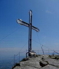 in cima... croce di Envie