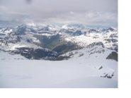 Il ghiacciaio del Mulinet e al fondo Bonneval dal punto culminante..
