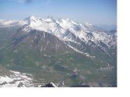 Una bella veduta del Col de Lautaret dalla vetta..sullo sfondo les Aig.d'Arves