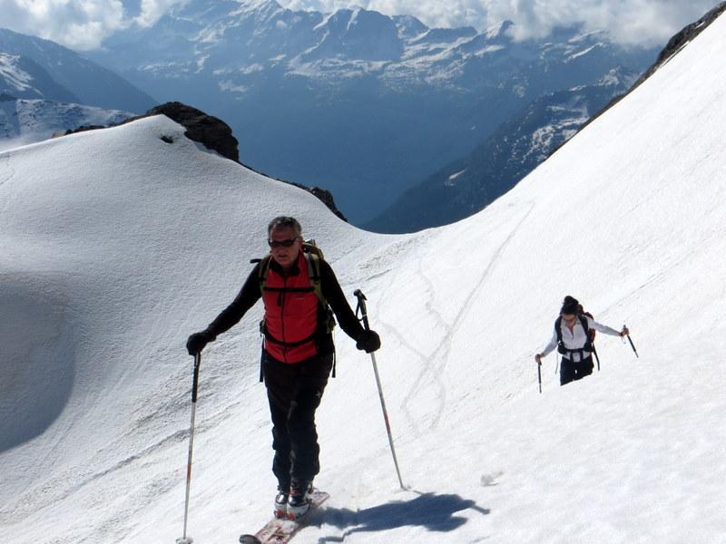 Sul traverso per accedere al ghiacciaio della Basei