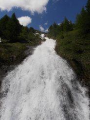11 - cascate vicino alla partenza del percorso