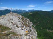 A nord la Rocca precipita vertiginosamente!