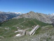 Dal Gondran, la strada che conduce al forte Janus.