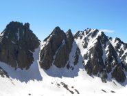 Gran neve nei canali da Rocca Brossè a Testa Rossa