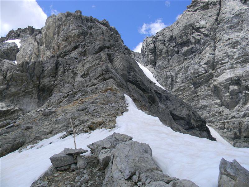 colletto ignoto da dove inizia l'arrampicata di II°talvolta esposto
