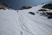 Carlo in discesa, prima dell'imbuto...la neve perfetta è a sx
