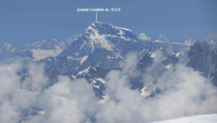 panorami osservati dalla cima...06 (14-7-2013)